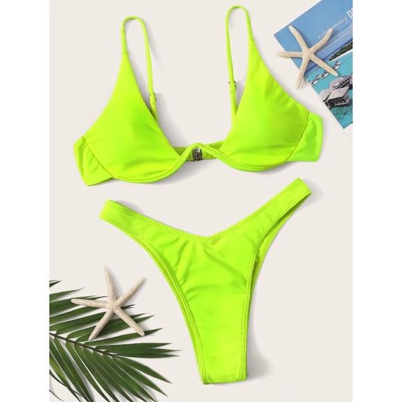 SHEIN Other - Undewire Top with high leg bikini set